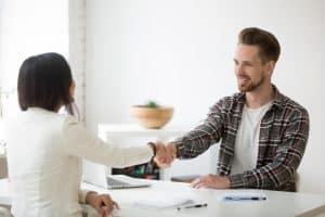 Pourquoi est-il important de prendre un(e) apprenti(e) ?